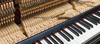 Piano huren bij Huigens Music